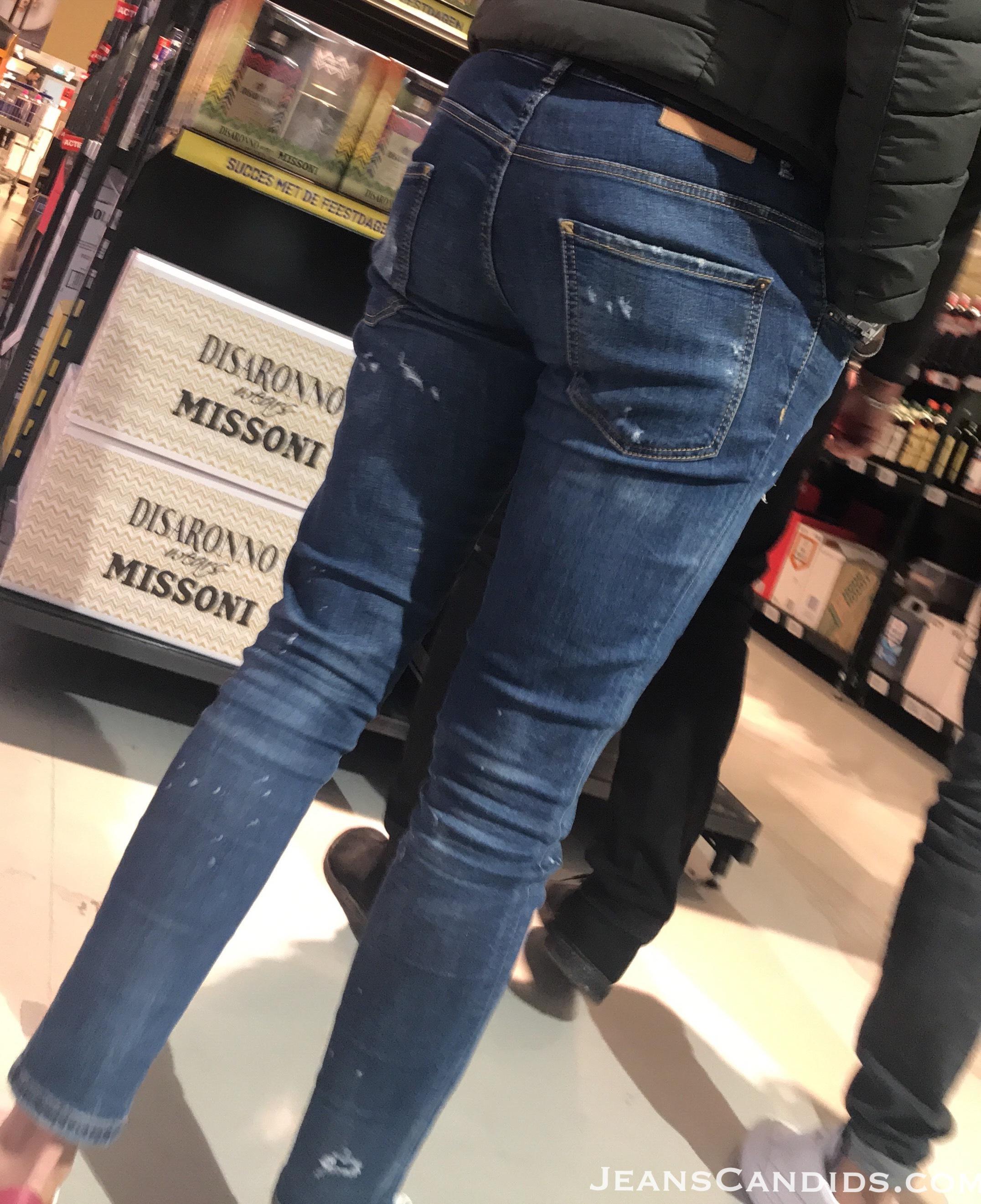 8- Hot Teens in Jeans-9.JPG