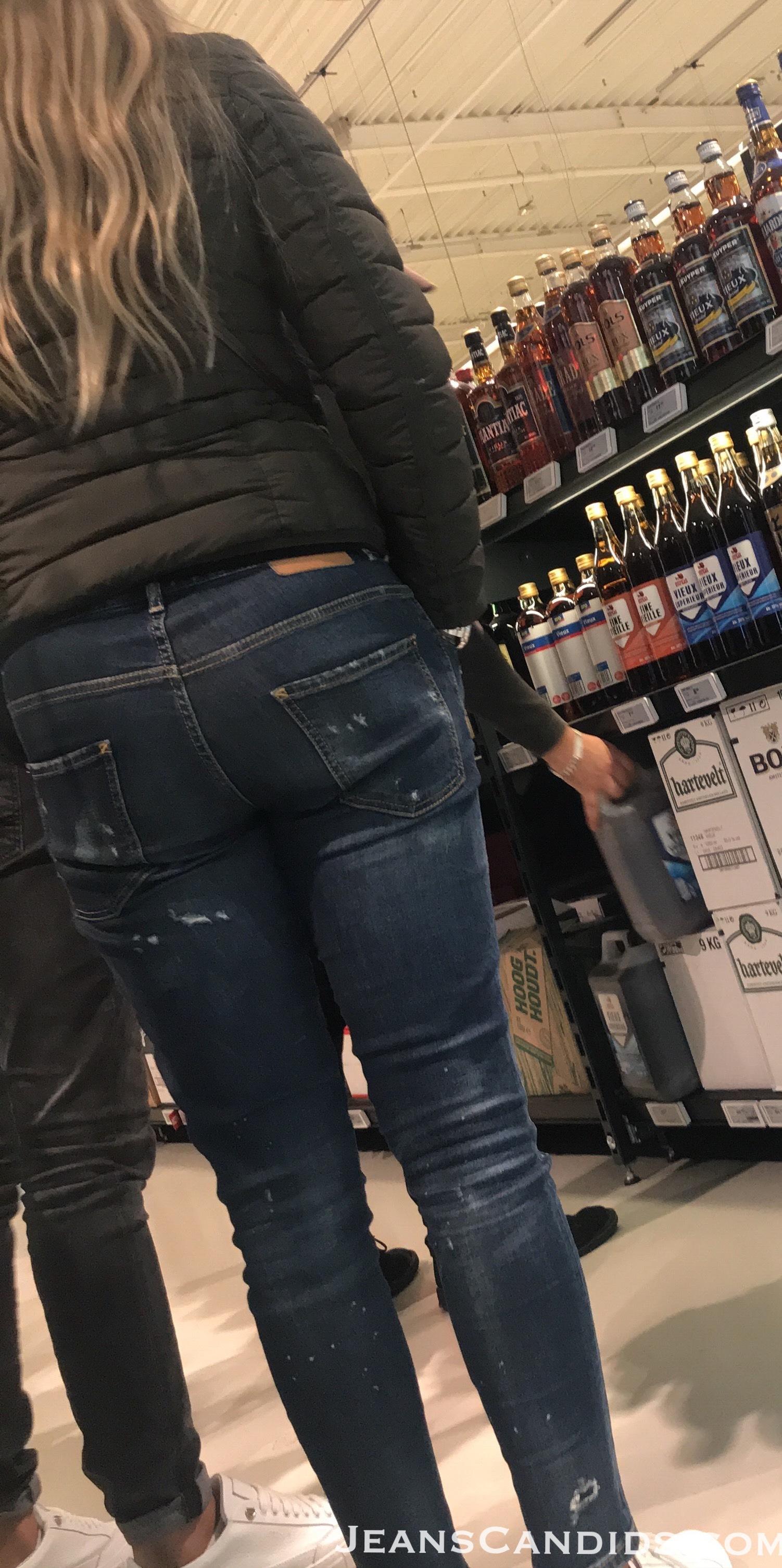 8- Hot Teens in Jeans-5.JPG